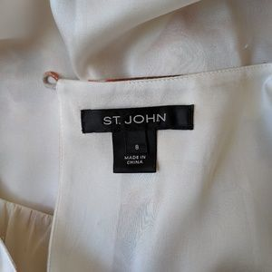 St. John Tops - ST. JOHN Floral Sleeveless blouse Top size 8 silk